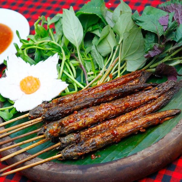Món cá nướng đặc trưng của đất nước Lào