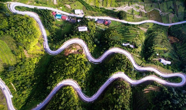 con đường Hạnh Phúc khi đến Hà Giang