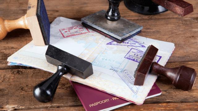 luôn hỗ trợ khách hàng làm mới visa, gia hạn visa, cấp hộ chiếu, thị thực nhập cảnh