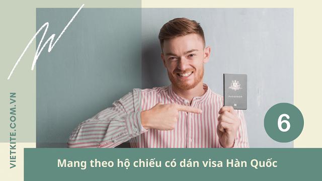 Mang theo hộ chiếu có visa khi đi du lịch hàn quốc