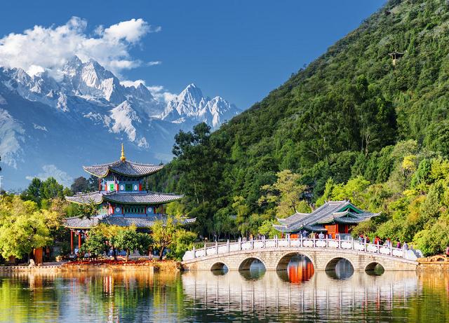 Tour Lệ Giang Shangrila là một trong những lựa chọn kinh điển nhất
