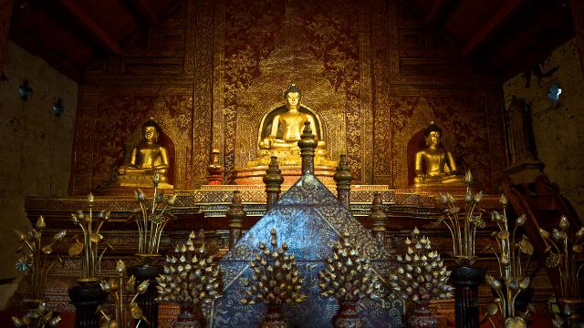 Chùa Wat Pha Saysettha tại Attapeu