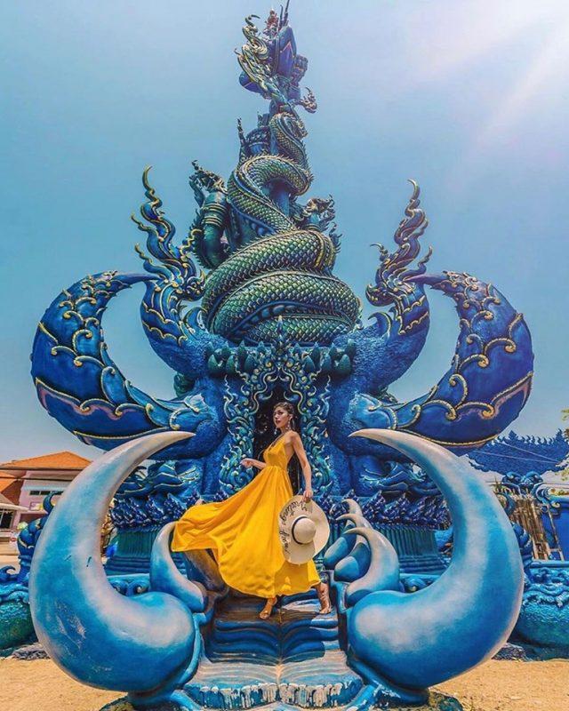 đền xanh mang màu sắc đặc trưng khác với nhiều ngôi đền chùa ở Thái Lan