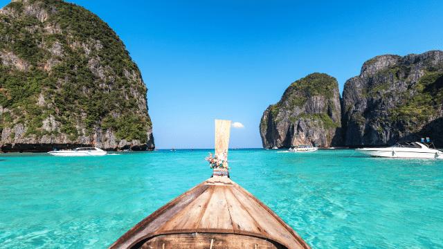 Phuket là hòn đảo lớn nhất ở Thái Lan,