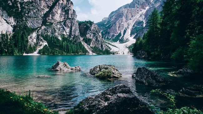Cảnh thiên nhiên vùng bắc Âu lãng mạng và cổ điển
