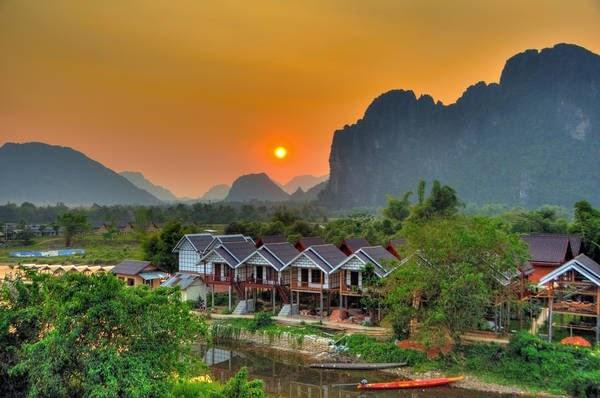 Vang Vieng - Thị trấn ngủ quên (Ảnh: ST)