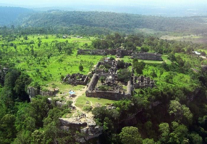 Đền Preah Vihear từ trên cao (Ảnh: ST)