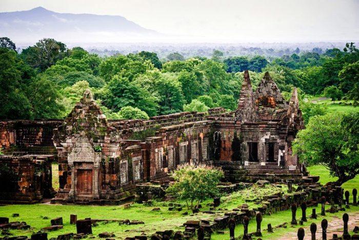 Đền Wat Phou một điểm tham quan khi du lịch Lào Campuchia (Ảnh: ST)