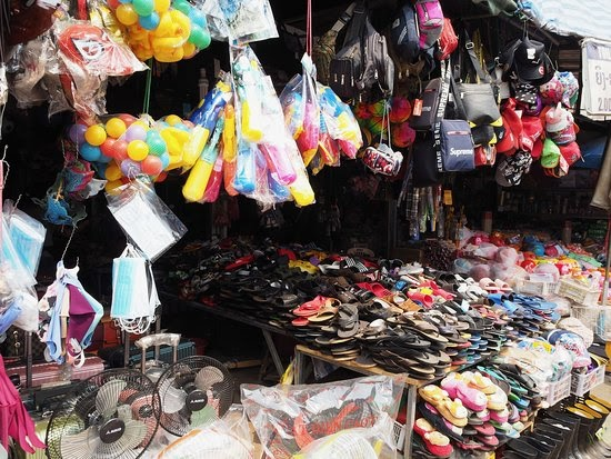 Chợ Dao Hueng (Ảnh: ST)