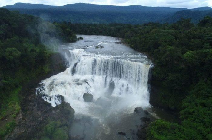 Sự hùng vĩ của thác nước Sae Pong Lai (Ảnh: ST)