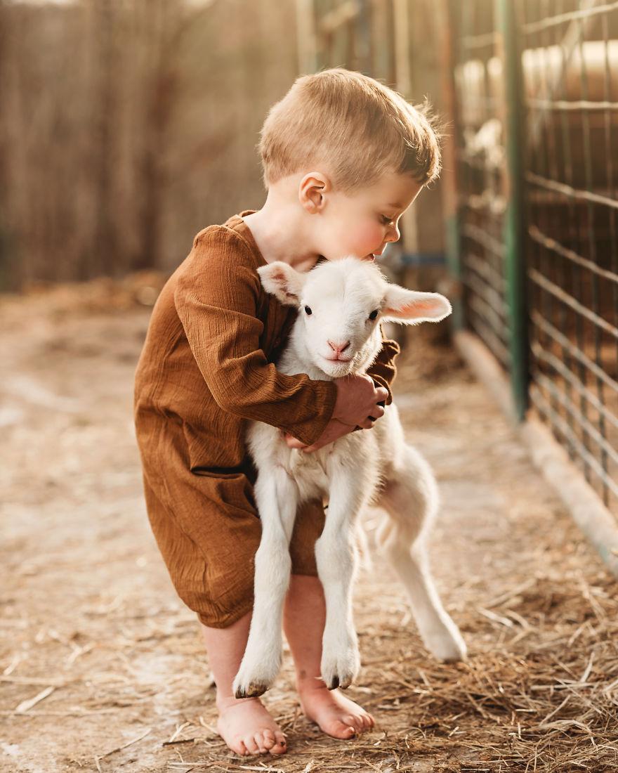 Người trưởng thành để mà sống như một đứa trẻ mới là rất khó.